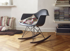Vitra Black Edition